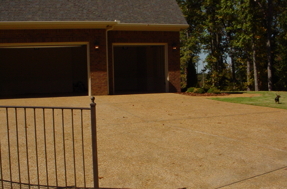 19_exposed_aggregate_residential_driveway