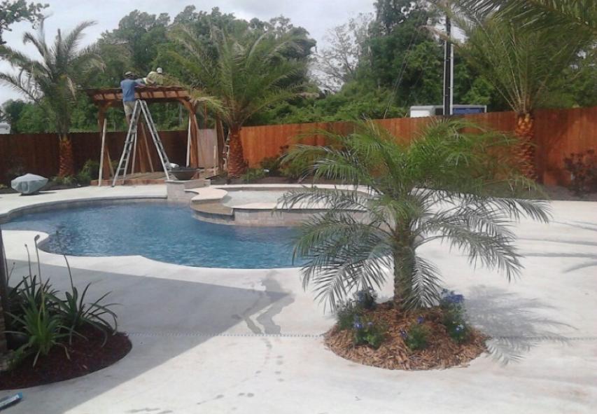 Pool deck arcadiana pool st martinsville la icf for Icf pool